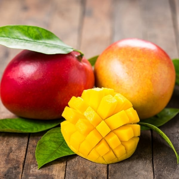 photo of mangos representing mango white balsamic vinegar