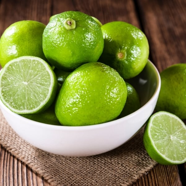 photo of limes in bowl representing Persian lime olive oil