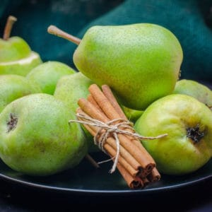 photo of pears and cinnamon sticks representing cinnamon pear balsamic vinegar