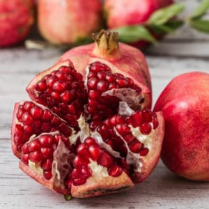 photo of sliced pomegranate representing pomegranate balsamic vinegar