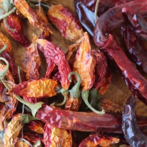 photo of chipotle peppers representing chipotle olive oil